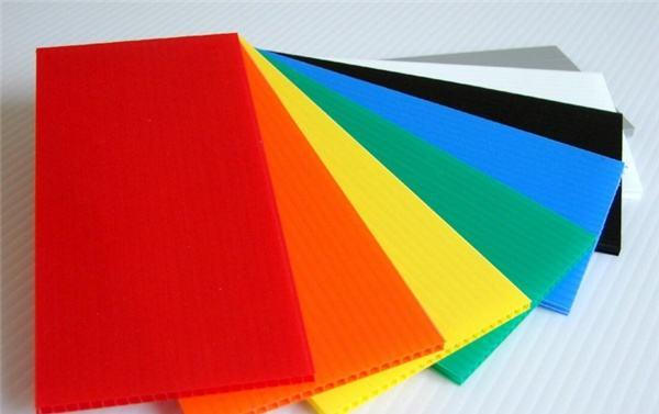 如何识别塑料中空板是否有毒